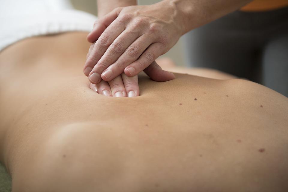 massage-3795693_960_720